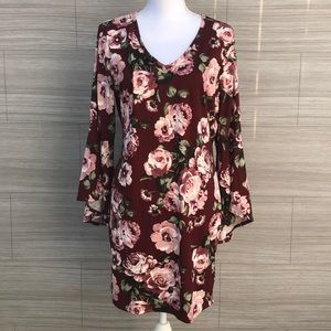 Bell Sleeves dress Size 1x